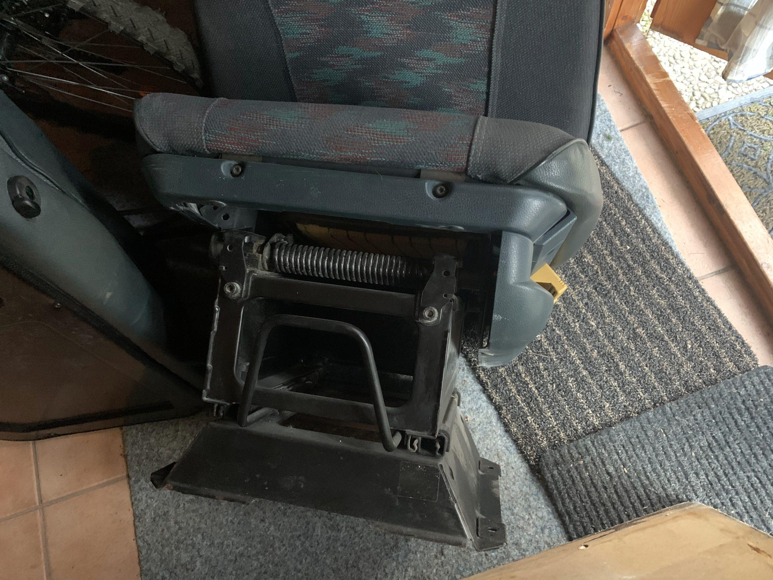 Fahrersitz mit Konsole