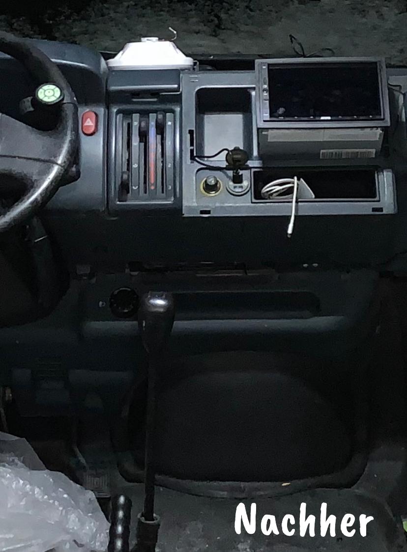 Technik im Cockpit fertig